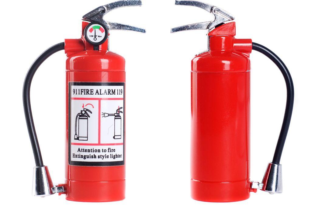 简述干粉灭火器的使用方法,适用于扑救哪几类火灾