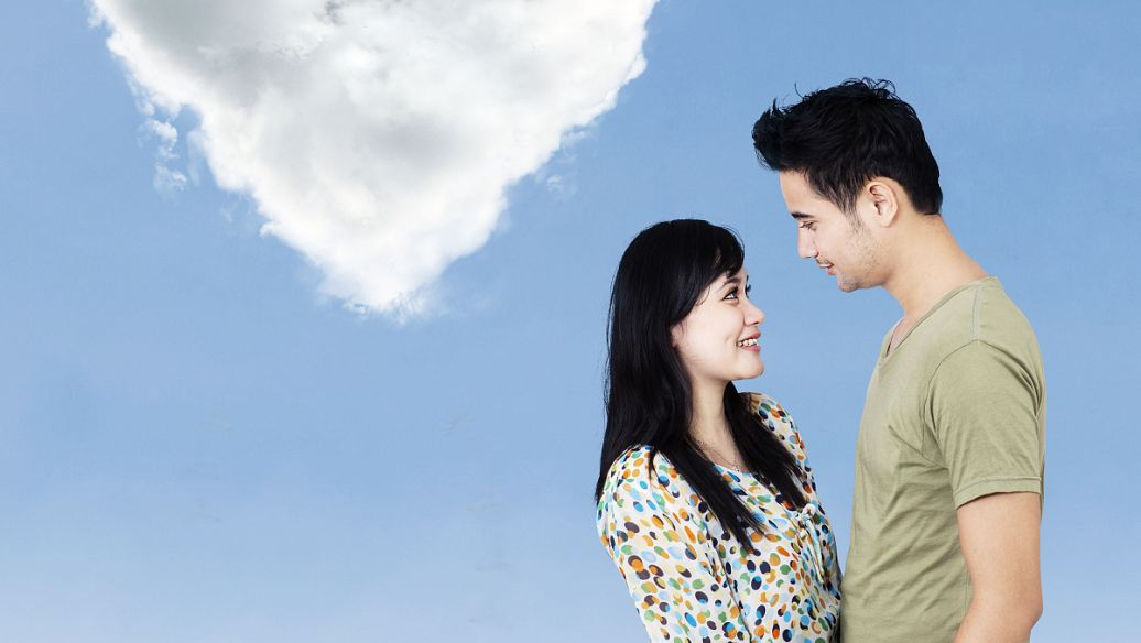 诗人聂鑫的爱情诗:爱情并不伟大